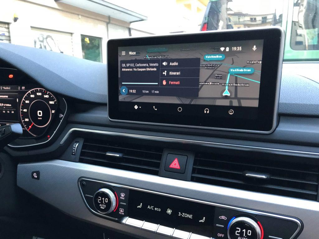 waze il navigatore salva automobilisti arriva su android auto. Black Bedroom Furniture Sets. Home Design Ideas