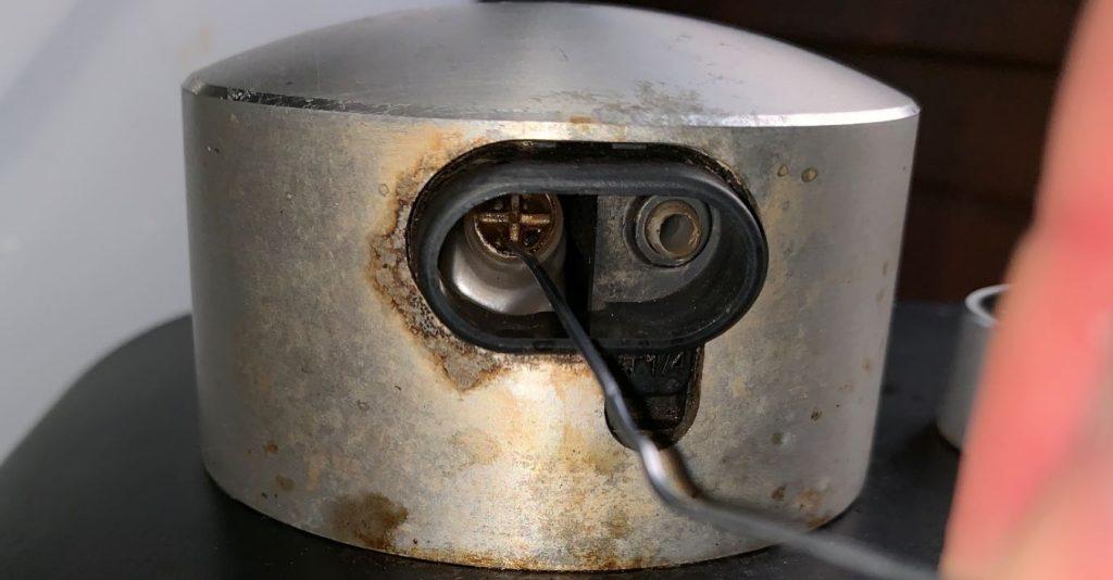 Come effettuare la pulizia della Nespresso Expert