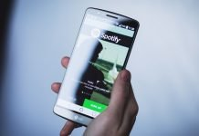 Visualizzare i testi delle canzoni in Spotify