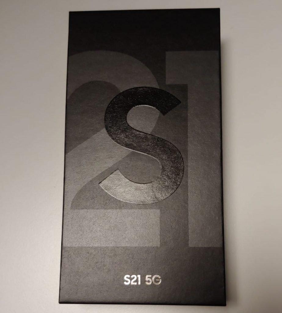 Samsung S21 confezione