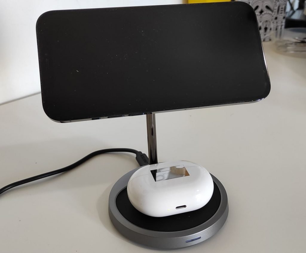 MagSafe iPhone Magnetic Wireless Charger Stand 2 in 1 Fast Charing Stand Dock